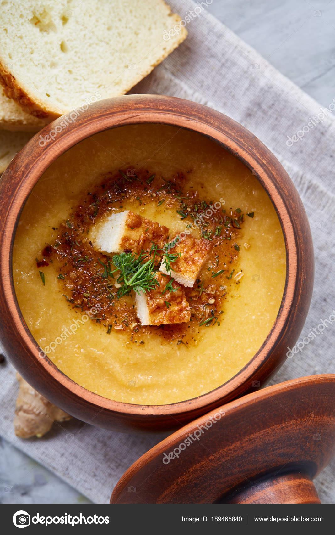 Asya tarzı brokoli çorbası tarifi