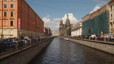 Gribojedov kanál. Kostel vzkříšení Krista v Petrohradu