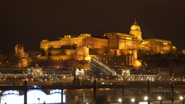 Budai vár éjszakai Budapest Magyarország