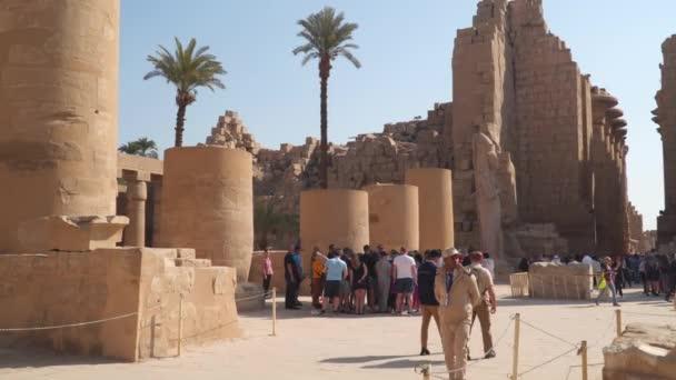 Luxor Egypt January 2020 Tourists Karnak Temple Egyptian Art Karnak Stock Video C Filin72 374867128