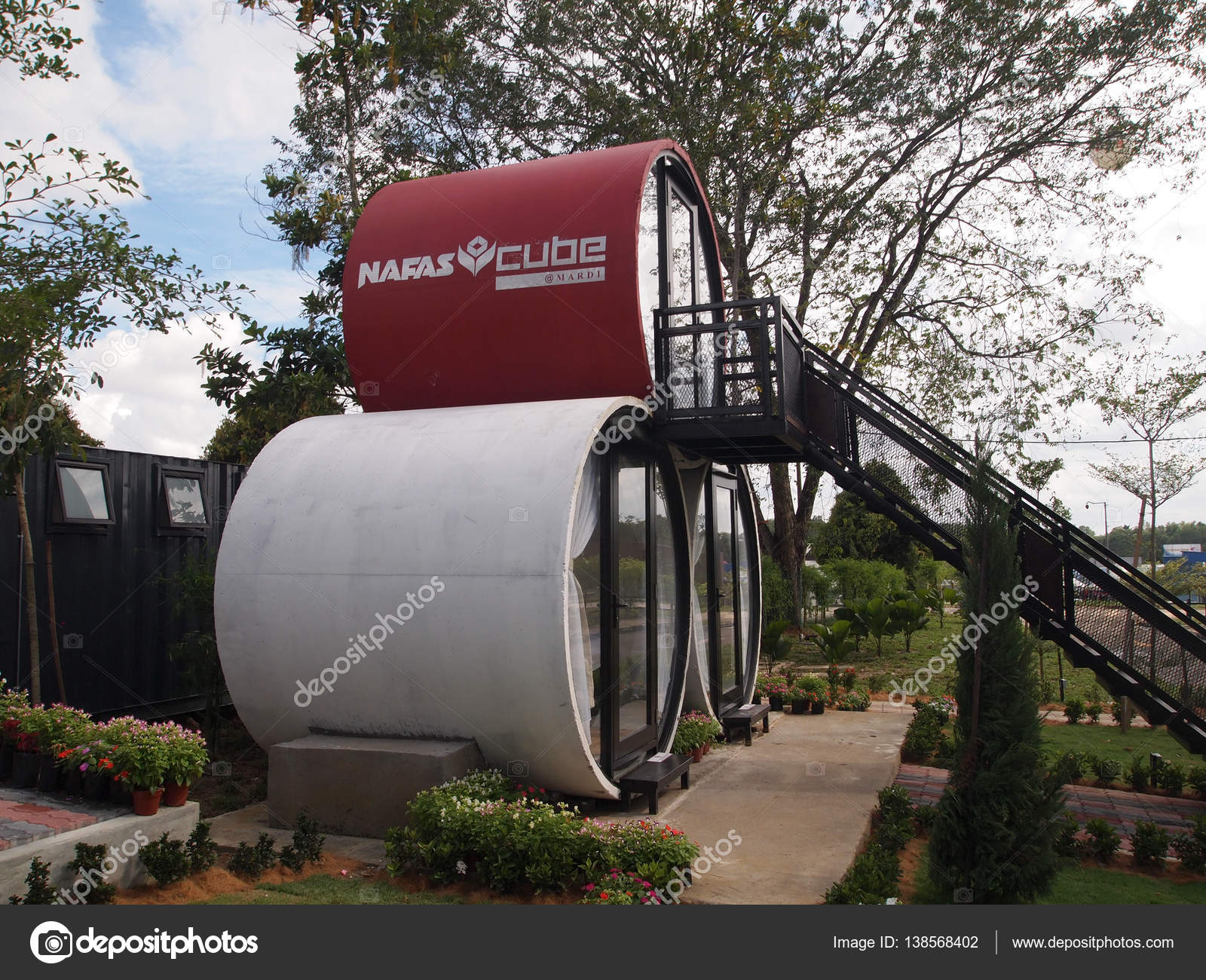 Chalets made from precast concrete culvert – Stock Editorial Photo