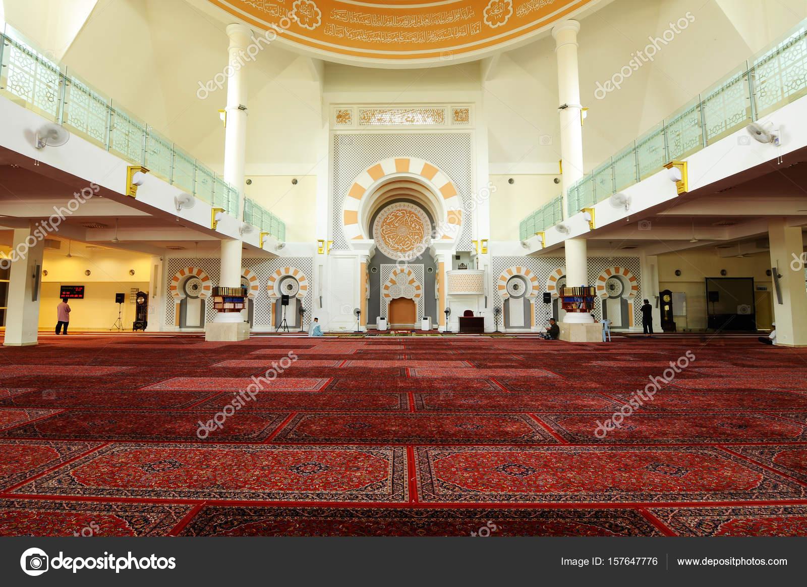 Interior Of Masjid Jamek Sultan Abdul Aziz Stock Editorial Photo C Aisyaqilumar 157647776