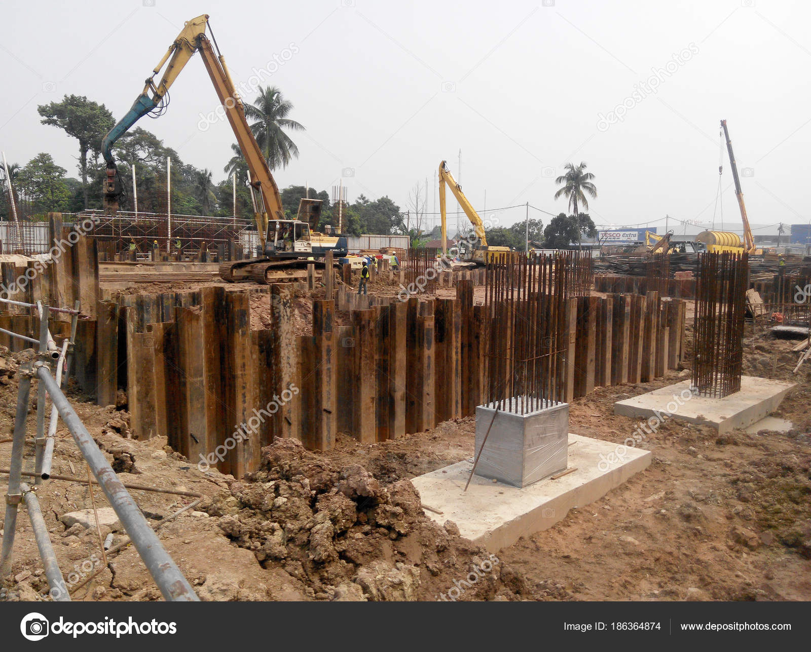 construction of sheet pile walls pdf