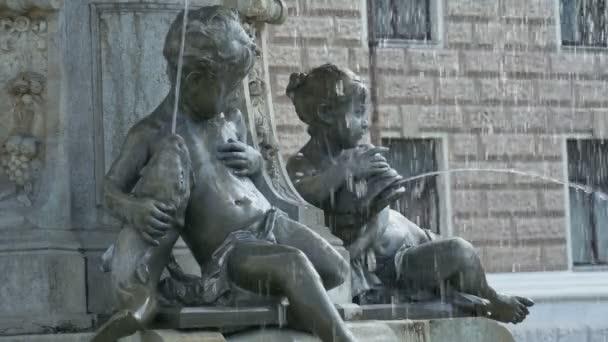 Děti bronzová fontána sochy