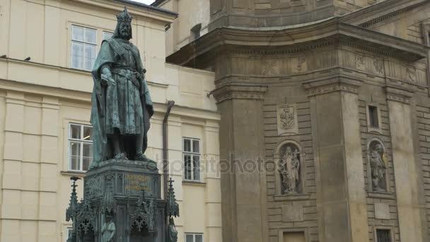 Sochy císaře Karla Iv., panovník Svaté říše římské, v městě Praha