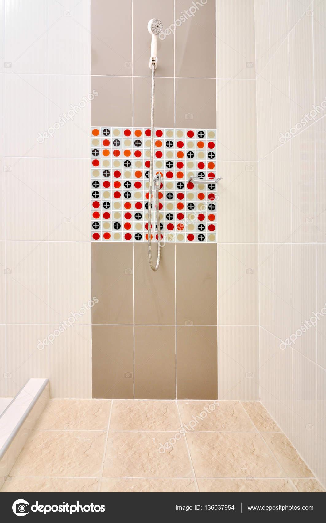 Im genes para ducha ba o ducha con azulejos de dise o - Ducha de diseno ...