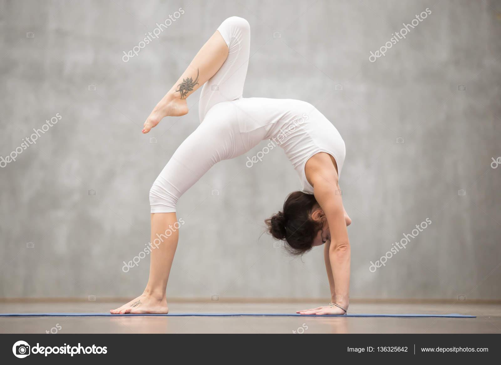 йога картинки для одного