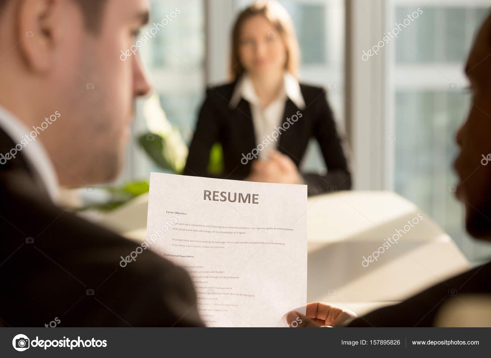 Multirraciales empleadores tomar decisión de contratación, se ...