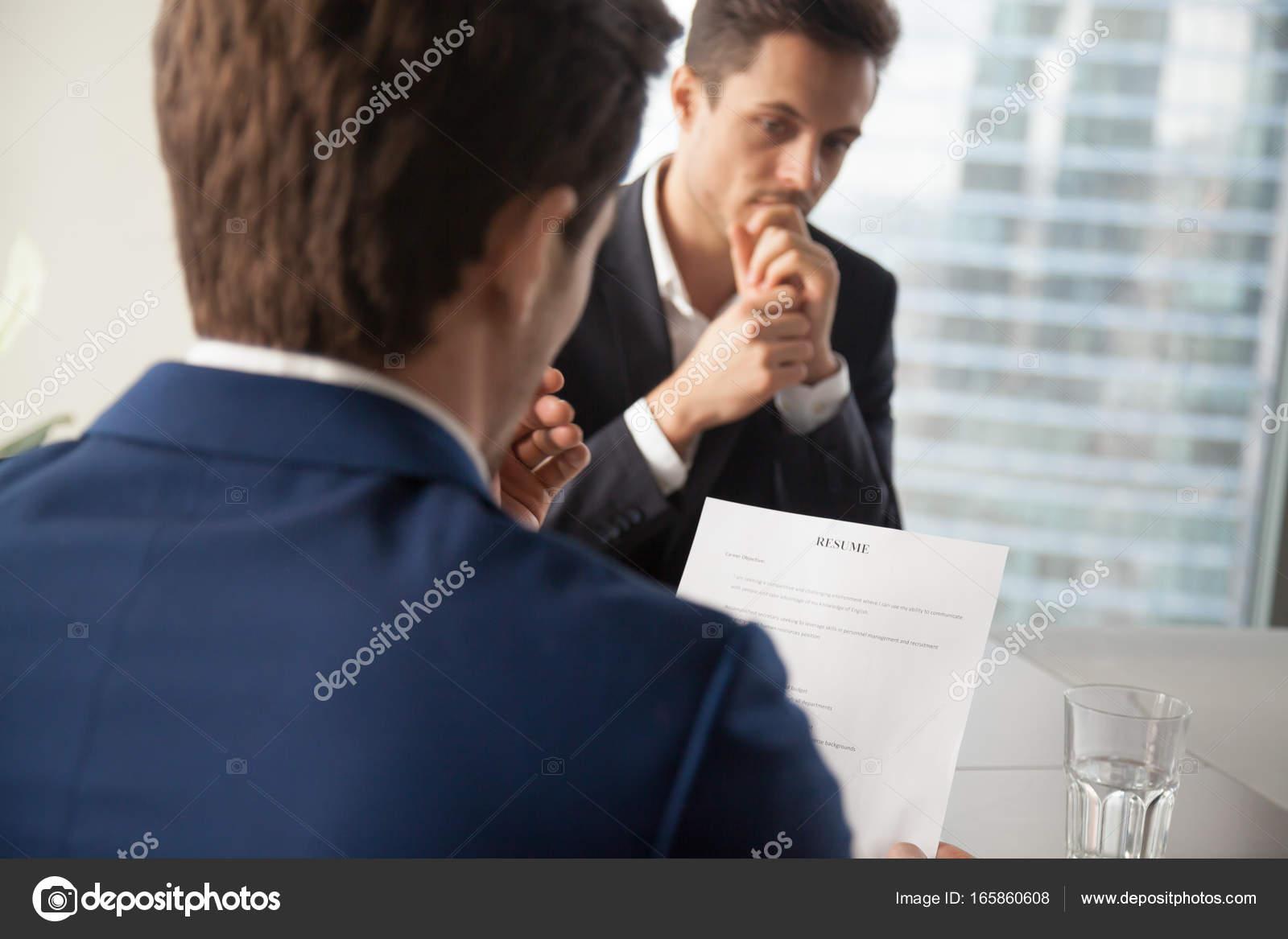 Contratar administrador de candidatos de trabajo reanudar la lectura ...