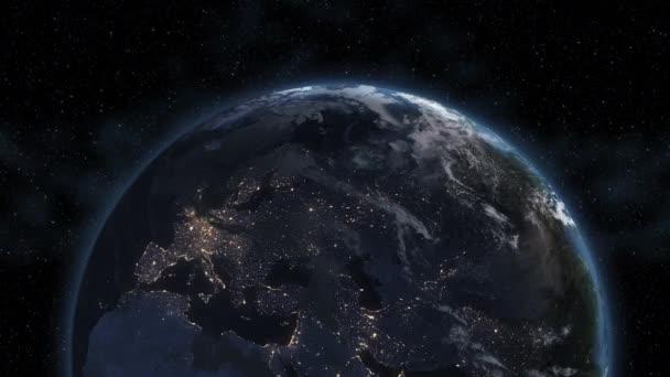 Pohled na Evropu. Realistické země. Pomalu se otáčející zem s noční město světel. 3D animace. 4k Uh podrobné a přirozenými texturami. Pohled na planetu zemi z vesmíru. Prvky tohoto obrázku jsou podle Nasa