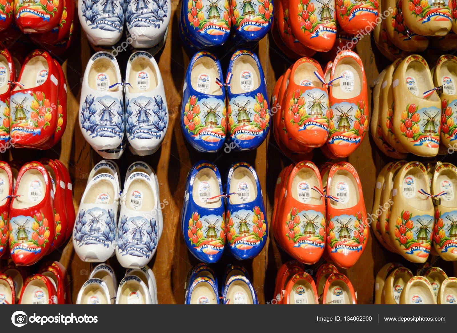 arte squisita vendita calda a buon mercato buon servizio Zaanse Schans, Paesi Bassi - 21.09.2015: Handmade zoccolo ...