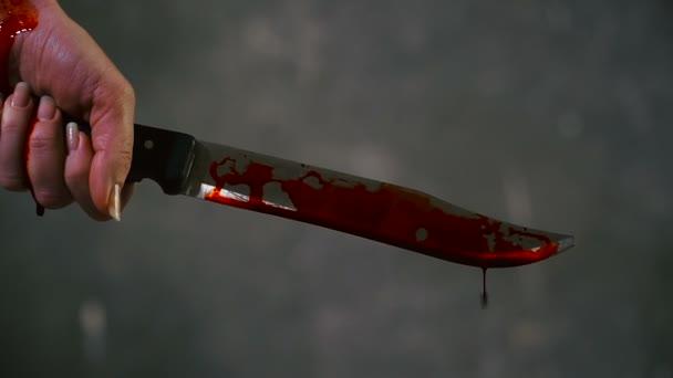 Resultado de imagem para faca ensanguentada