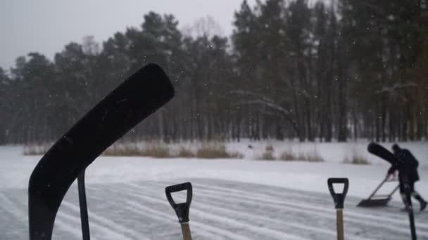 Hokej. Hokejisté jasné jezero hrát hokejbal