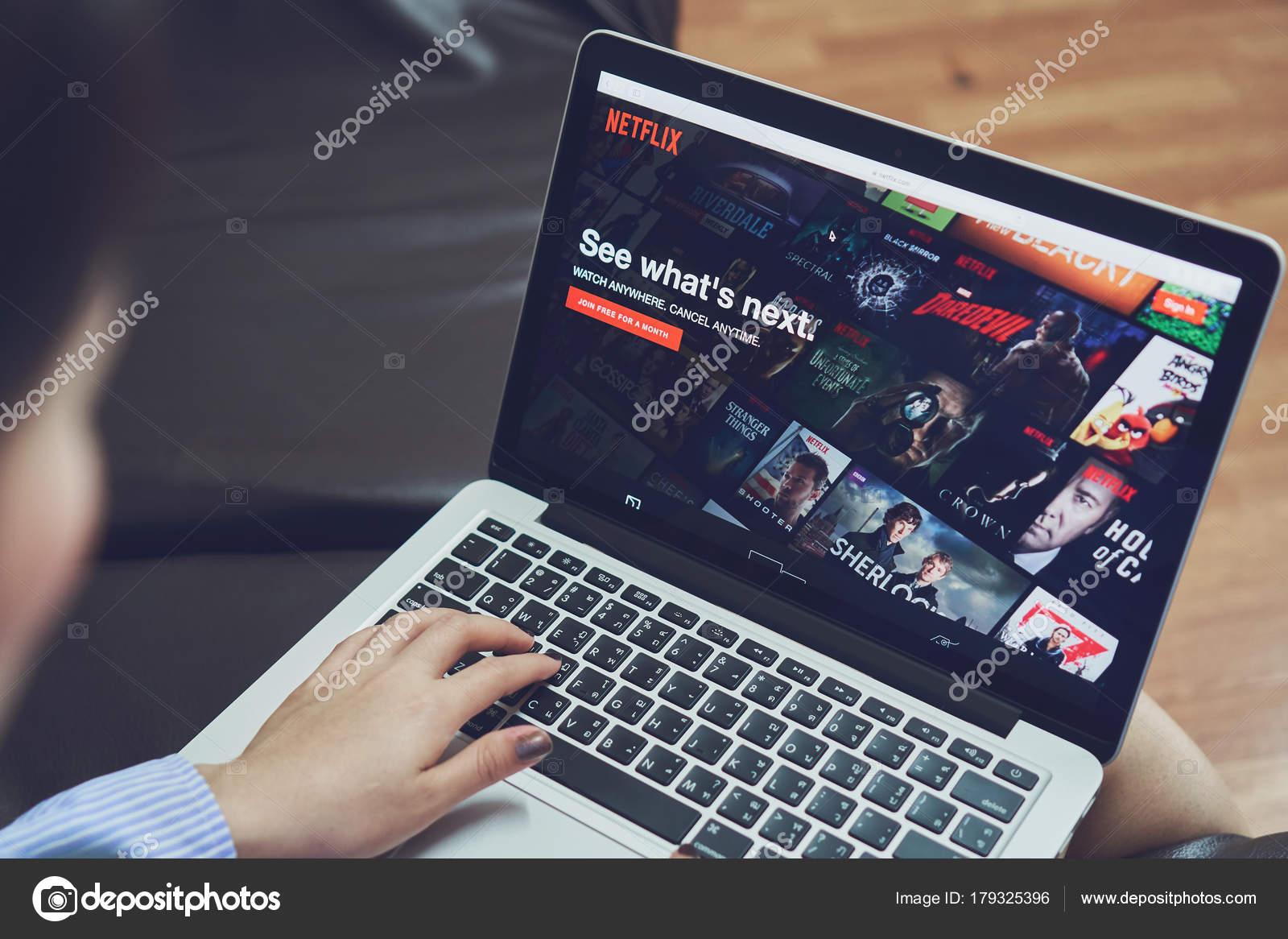 Bangkok Thailand January 2018 Netflix App Laptop Screen