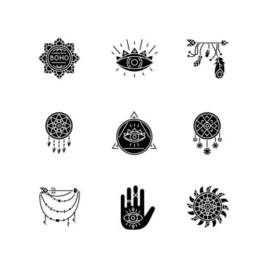 Magical accessories in boho style black glyph icons set on white space. Prophecy and occultism amulets. Dreamcatcher, all seeing eye talismans. Silhouette symbols. Vector isolated illustration icon
