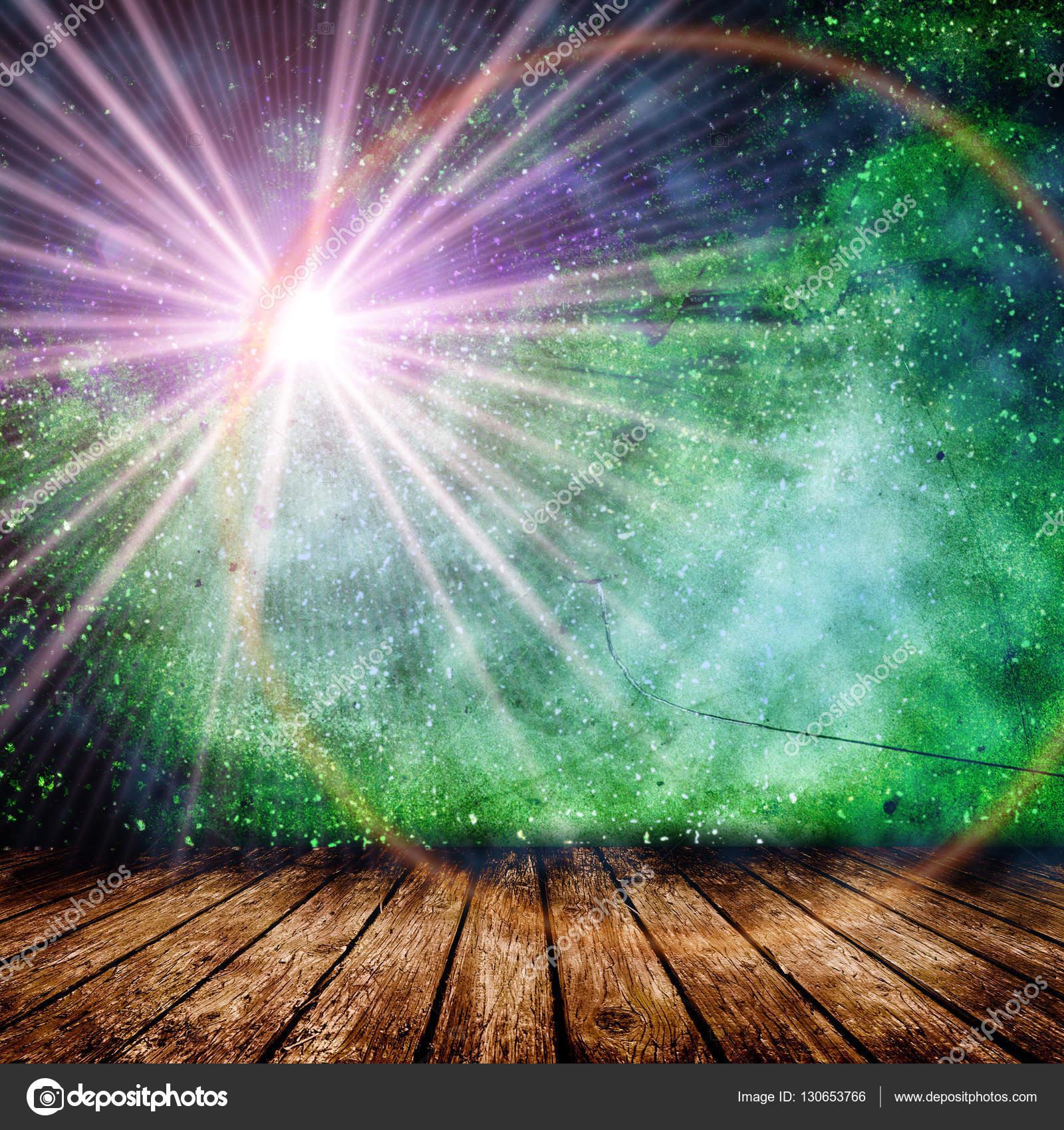 Leeren Raum mit hellen Stern und Lichtstrahlen — Stockfoto ...