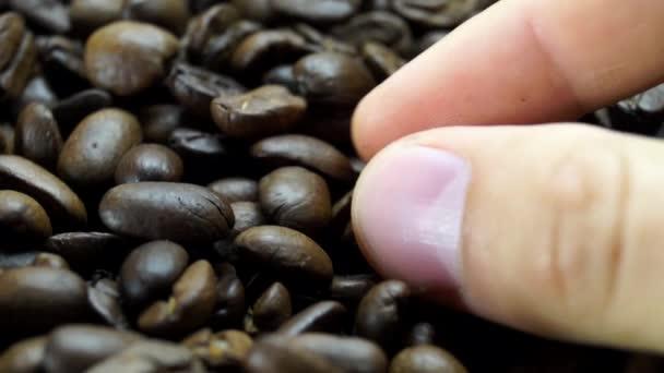 Prsty, vedení Coffee Bean