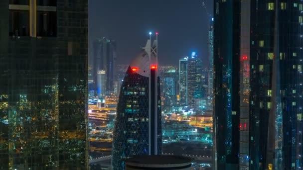 Mrakodrapy Dubaj během odpočítávání hodiny noci