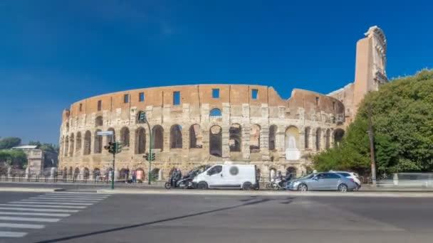 The Colosseum nebo Coliseum timelapse hyperlapse, také známý jako Flavian Amphitheatre v Římě, Itálie