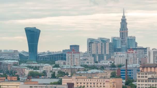 Moskevské panoráma a mrakodrap s věžičkou, timelapse obytných budov