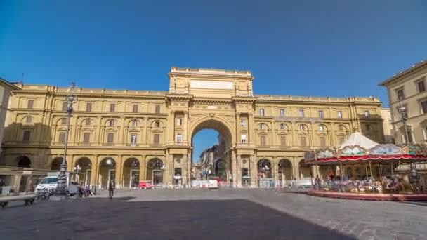 Republic Square timelapse hyperlapse with the arch in honor of the first king of united Italy, Victor Emmanuel II.