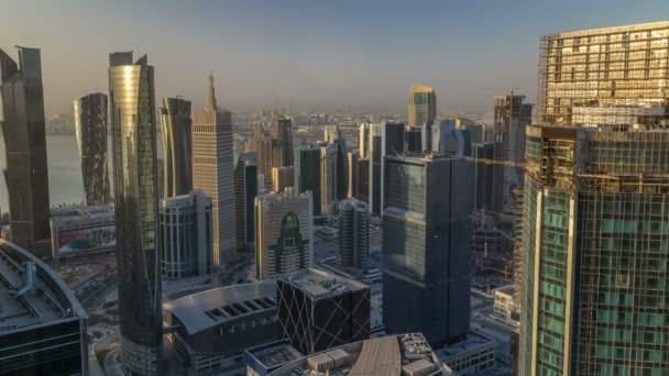 Orizzonte di West Bay di Doha City Center durante alba timelapse, Qatar