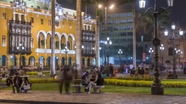 Der nächtliche Zeitraffer der Plaza de Armas, auch bekannt als Plaza Mayor