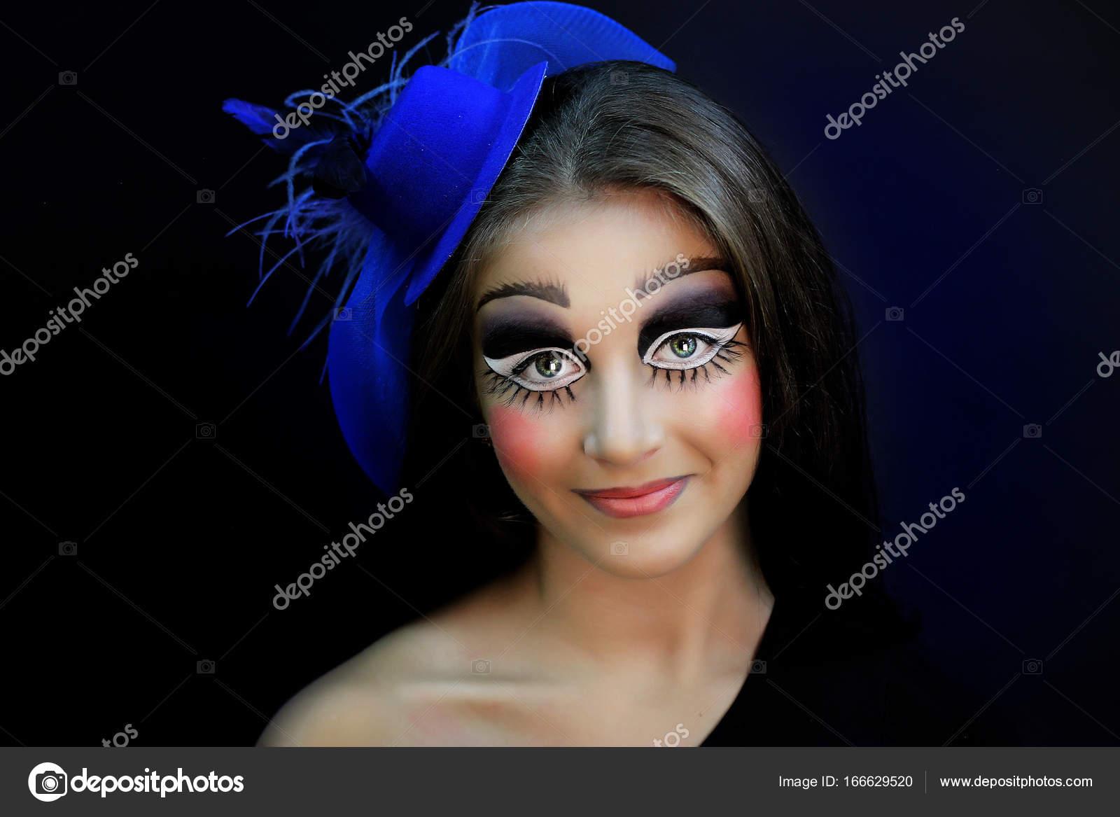 Briken Lalka Halloween Makijaż Zdjęcie Stockowe Olgaosa 166629520