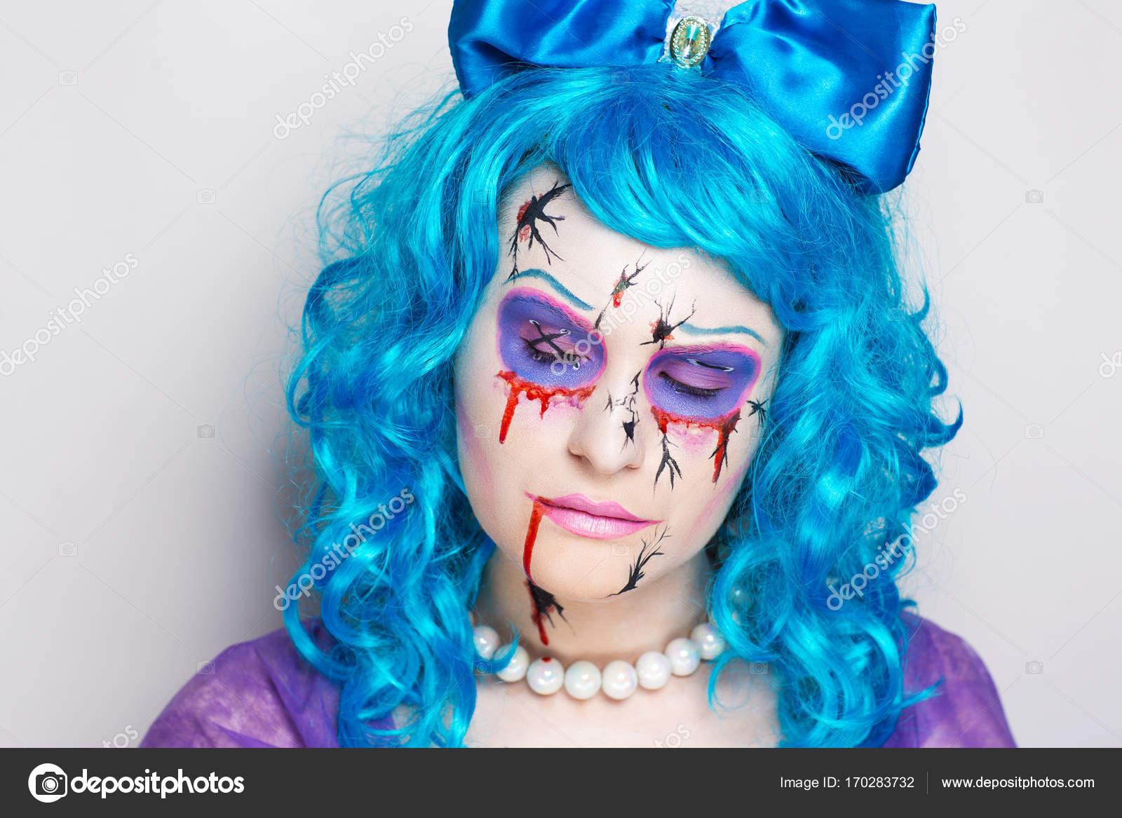 File Cyndi Blue Hair 2000 Jpg: Stock Photo © OlgaOsa #170283732