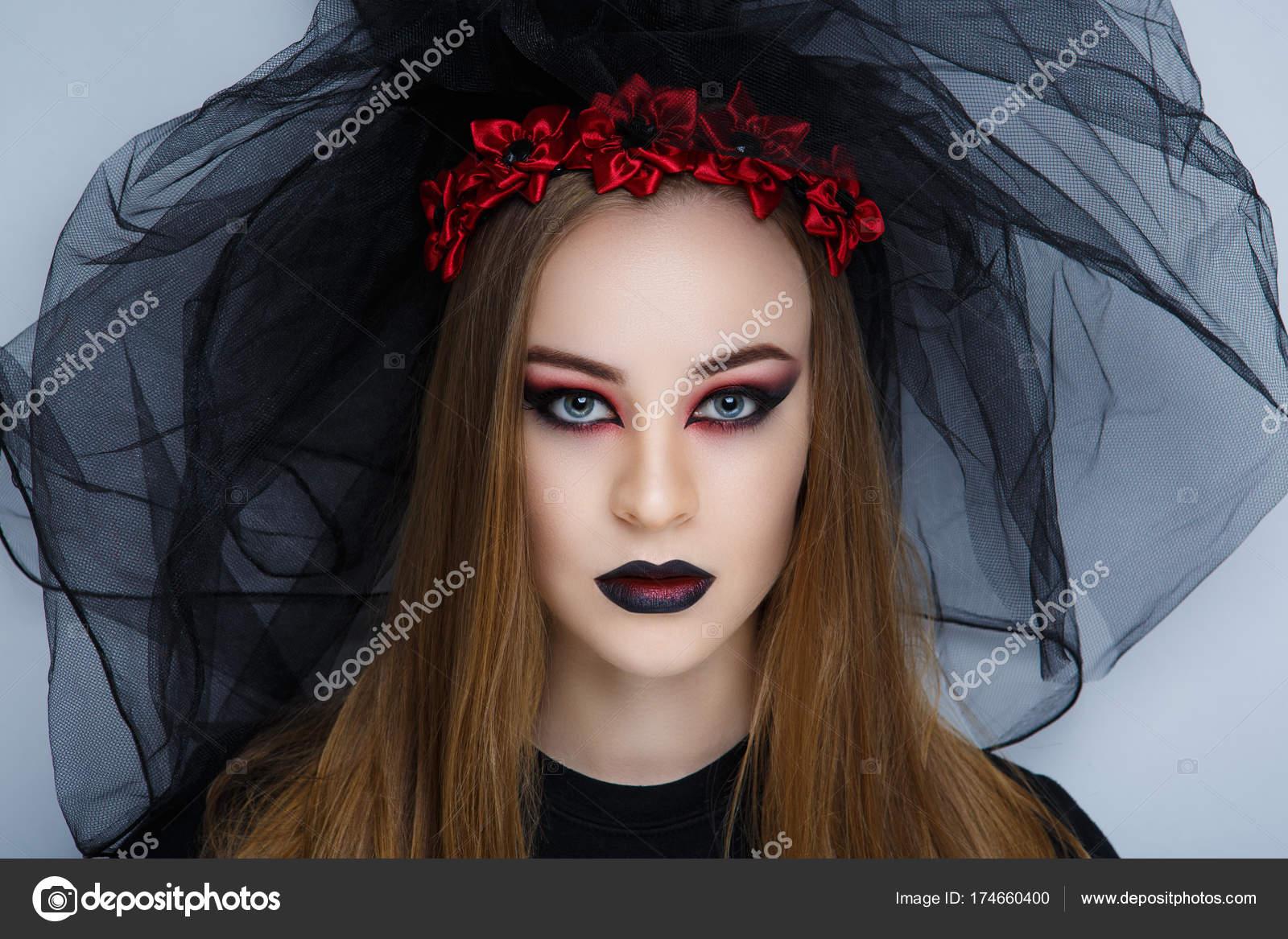db3b7af802 Espeluznante pesadilla convirtiendo en una novia de velo negro muerte