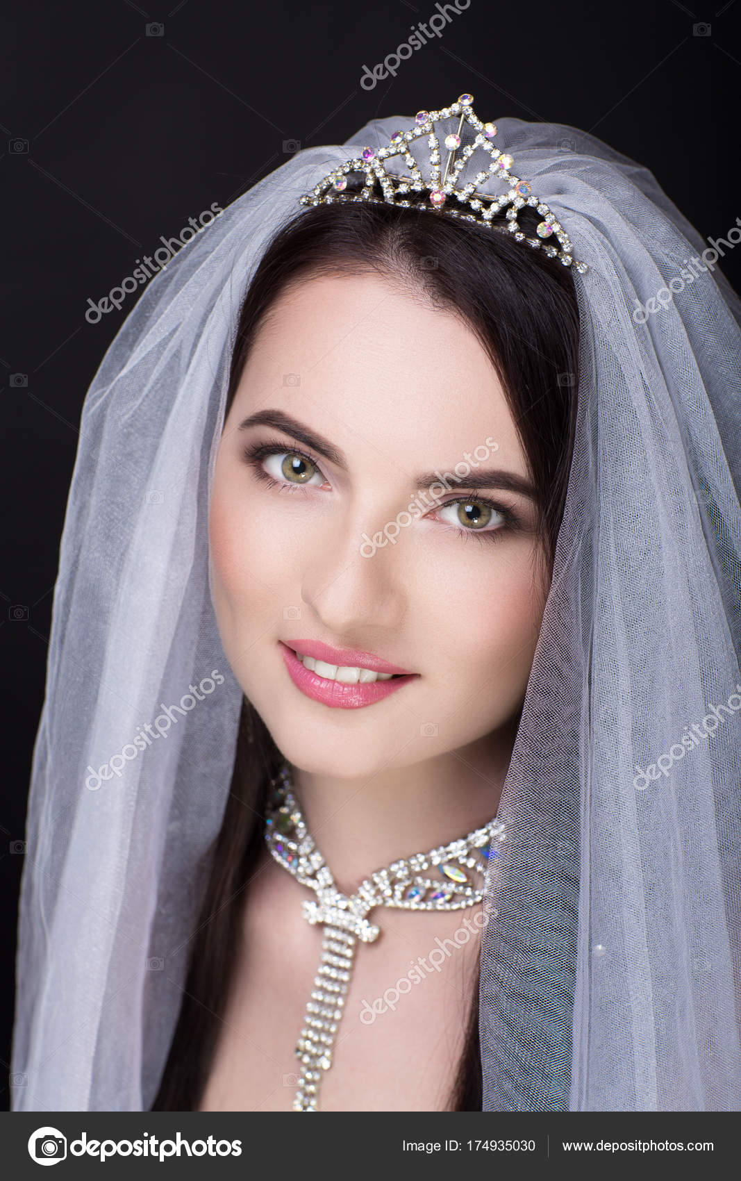 velo blanco de mujer — Fotos de Stock © OlgaOsa #174935030