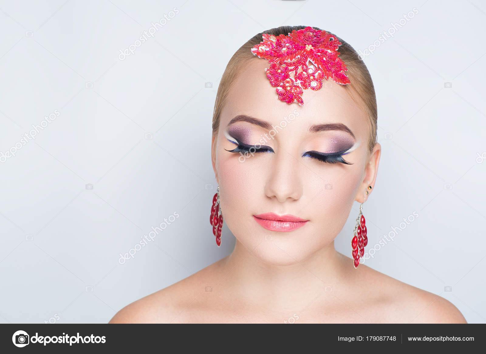 Arabische Make Up Stockfoto C Olgaosa 179087748