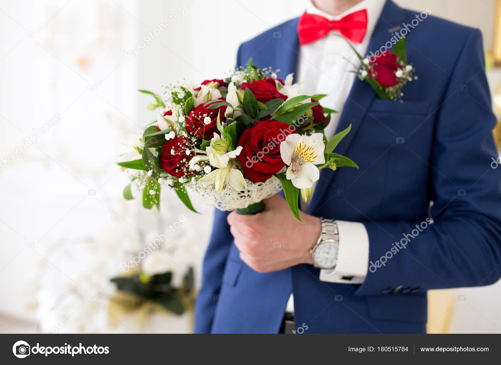 Man with flower bouquet — Stock Photo © OlgaOsa #180515784