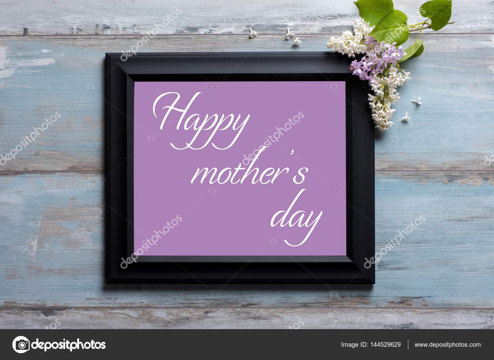 Bilderrahmen mit lila Blüten und glückliche Mutter Tag Meldung auf ...