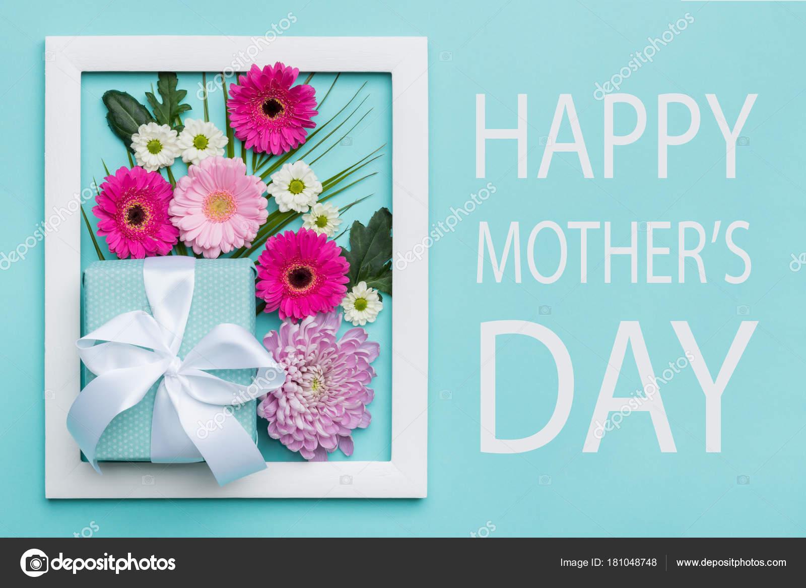 feliz día madre pastel caramelo colores fondo día las madres foto