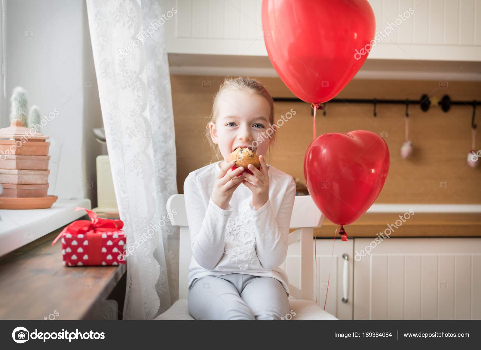 Niedliche Vorschulkind Mädchens Geburtstag Feiert Mädchen Die Ihren