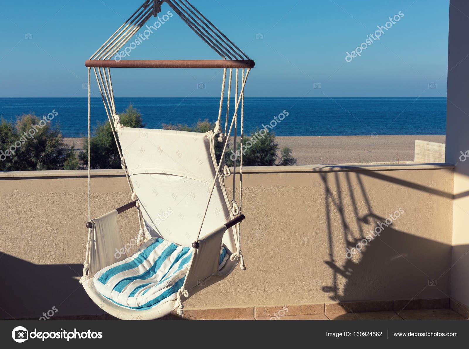 Eine Hangematte Auf Dem Balkon Stockfoto C Ravil S 160924562