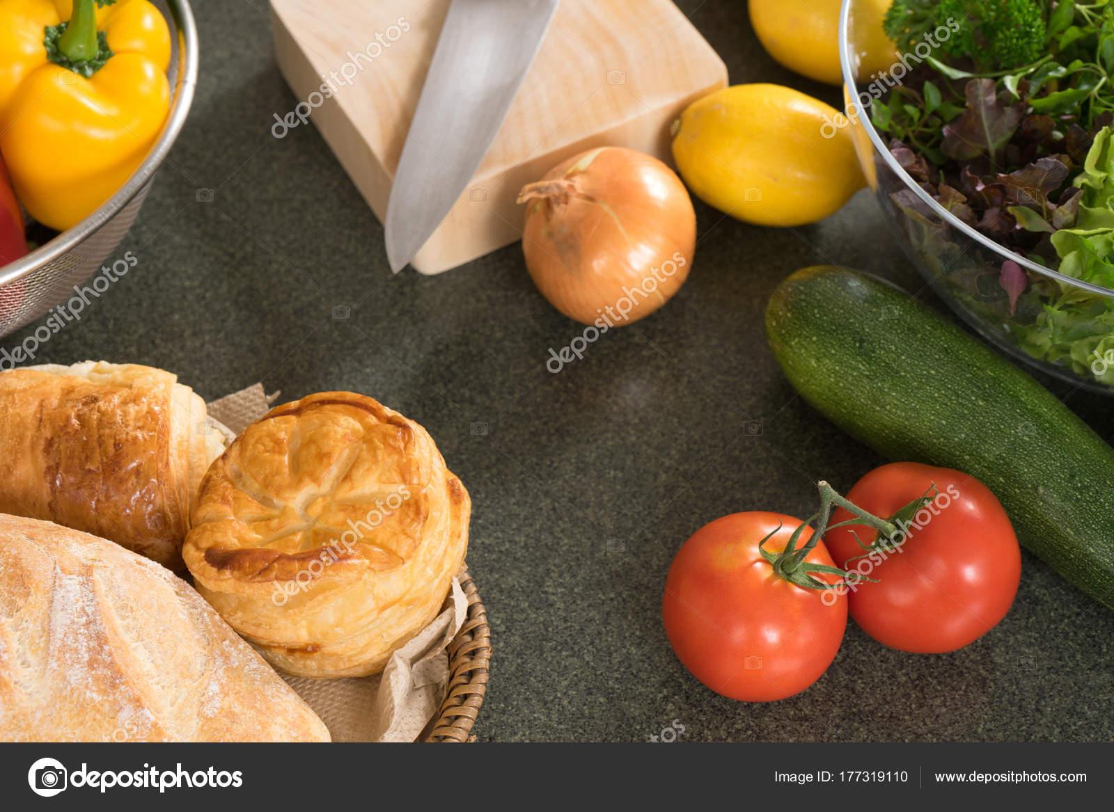 Moderne Küche zu Hause Rohkost Produkt vorbereiten — Stockfoto ...