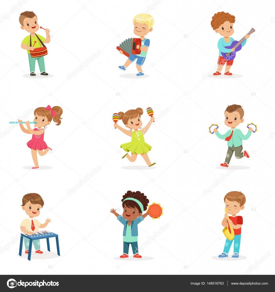 Bonitos Crianças Dançando E Tocando Instrumentos Musicais