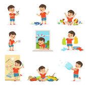 Fotografie Lustige kleine Junge Spiele spielen und Chaos