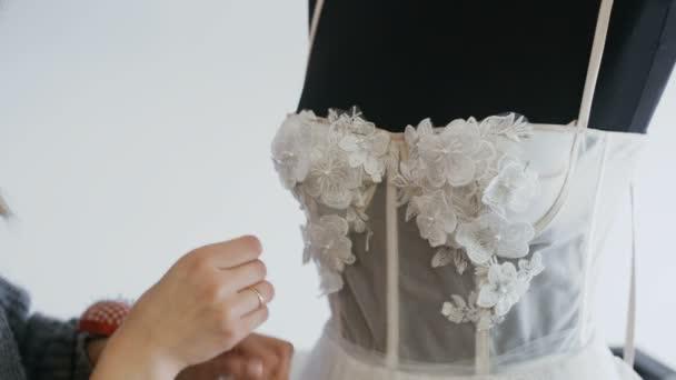 Costureras para vestidos de novia