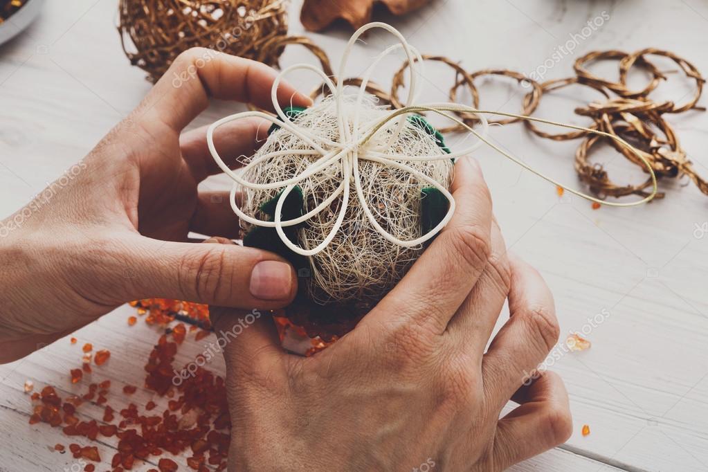 Hobby fai da te creativo garland sfere e decorazione di - Decorazioni natalizie legno fai da te ...