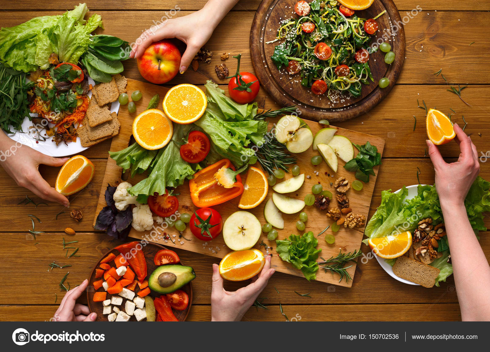 Dinner Table, Women Eat Healthy Food At Home Kitchen U2014 Stock Photo