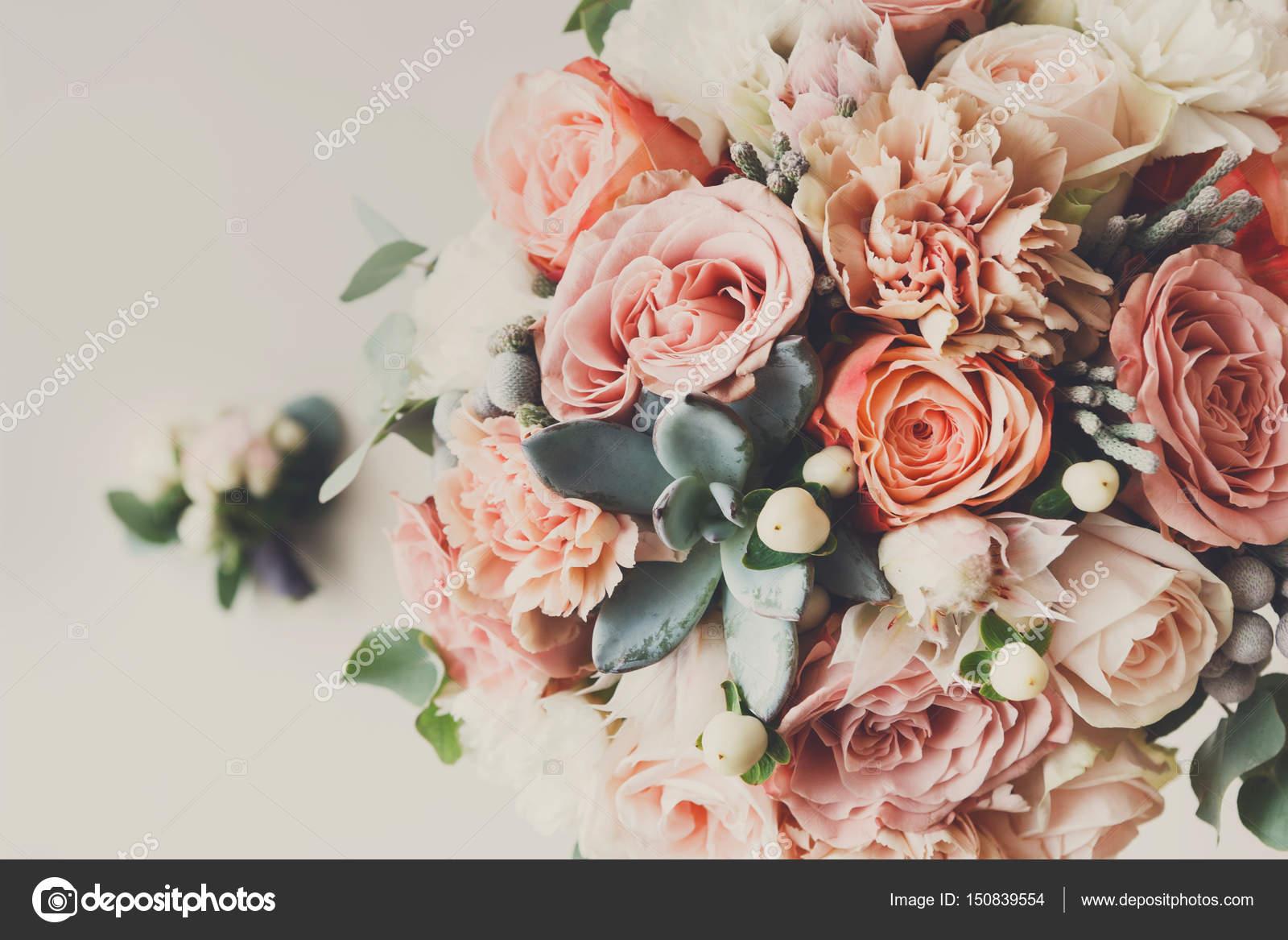 5370120642d9 Λουλούδια γάμου