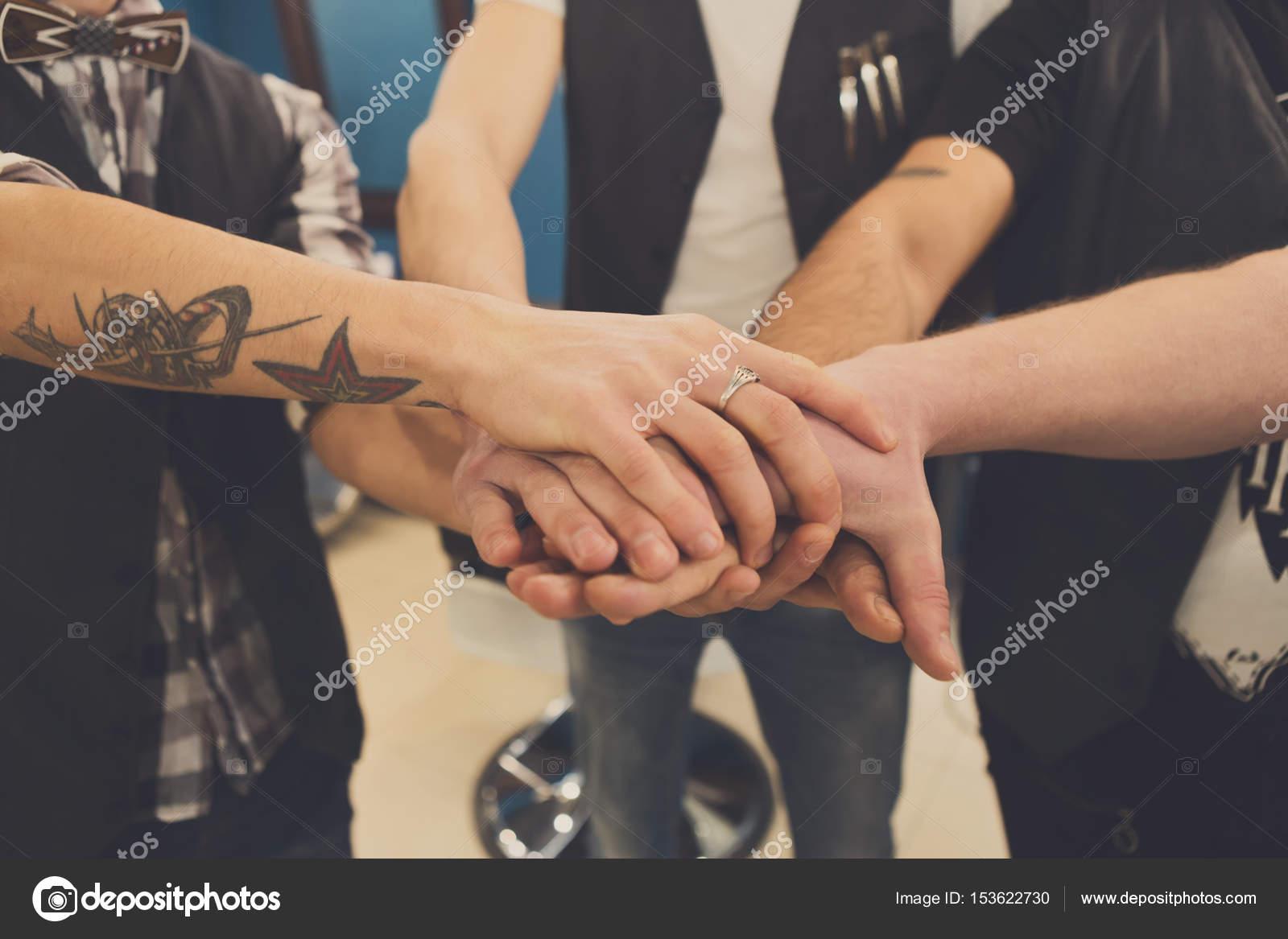 Imágenes Manos Unidas De Amistad Amistad De Los Hombres Manos
