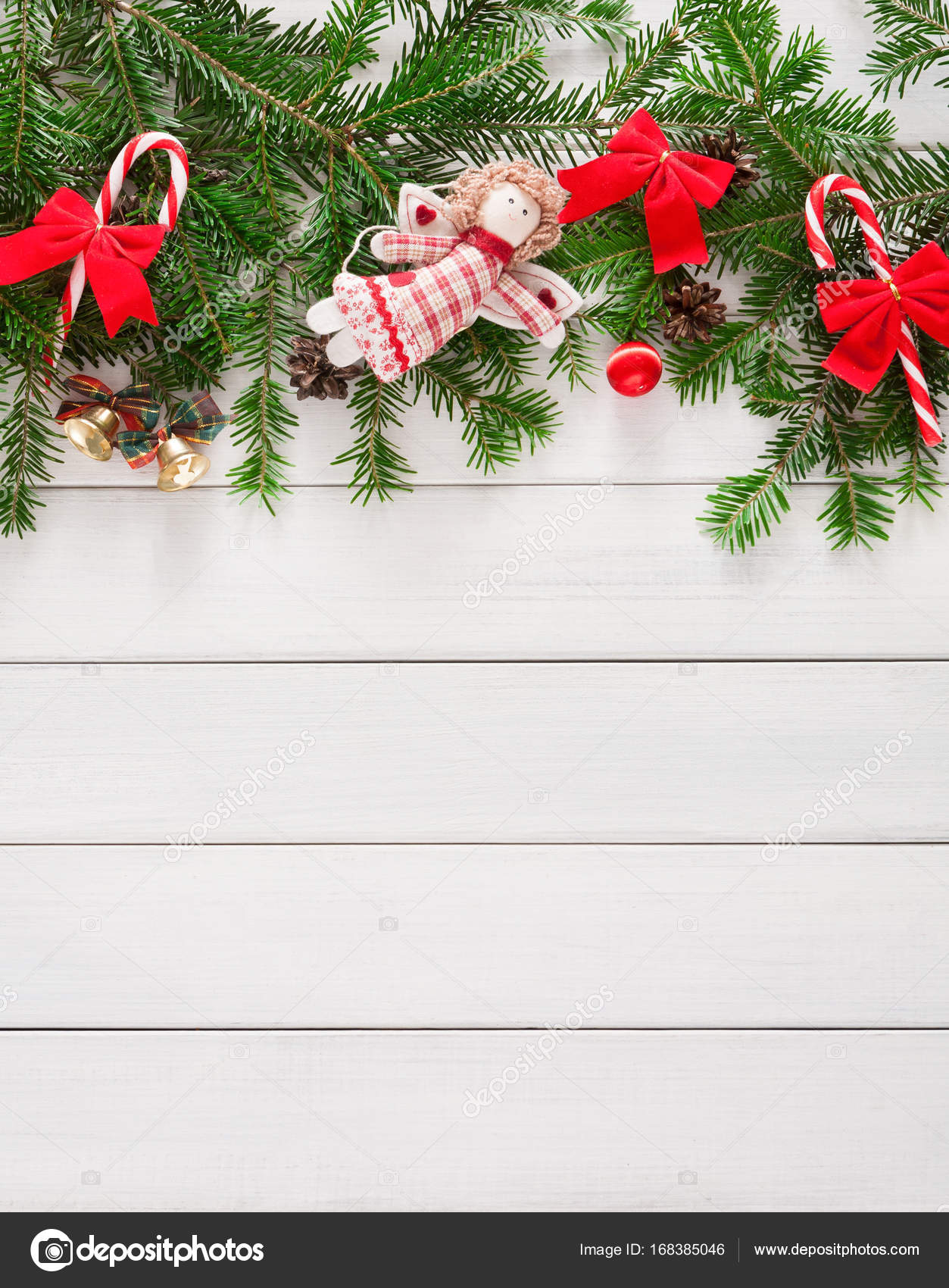 Christmas decoration, ornaments and garland frame background — Stock ...