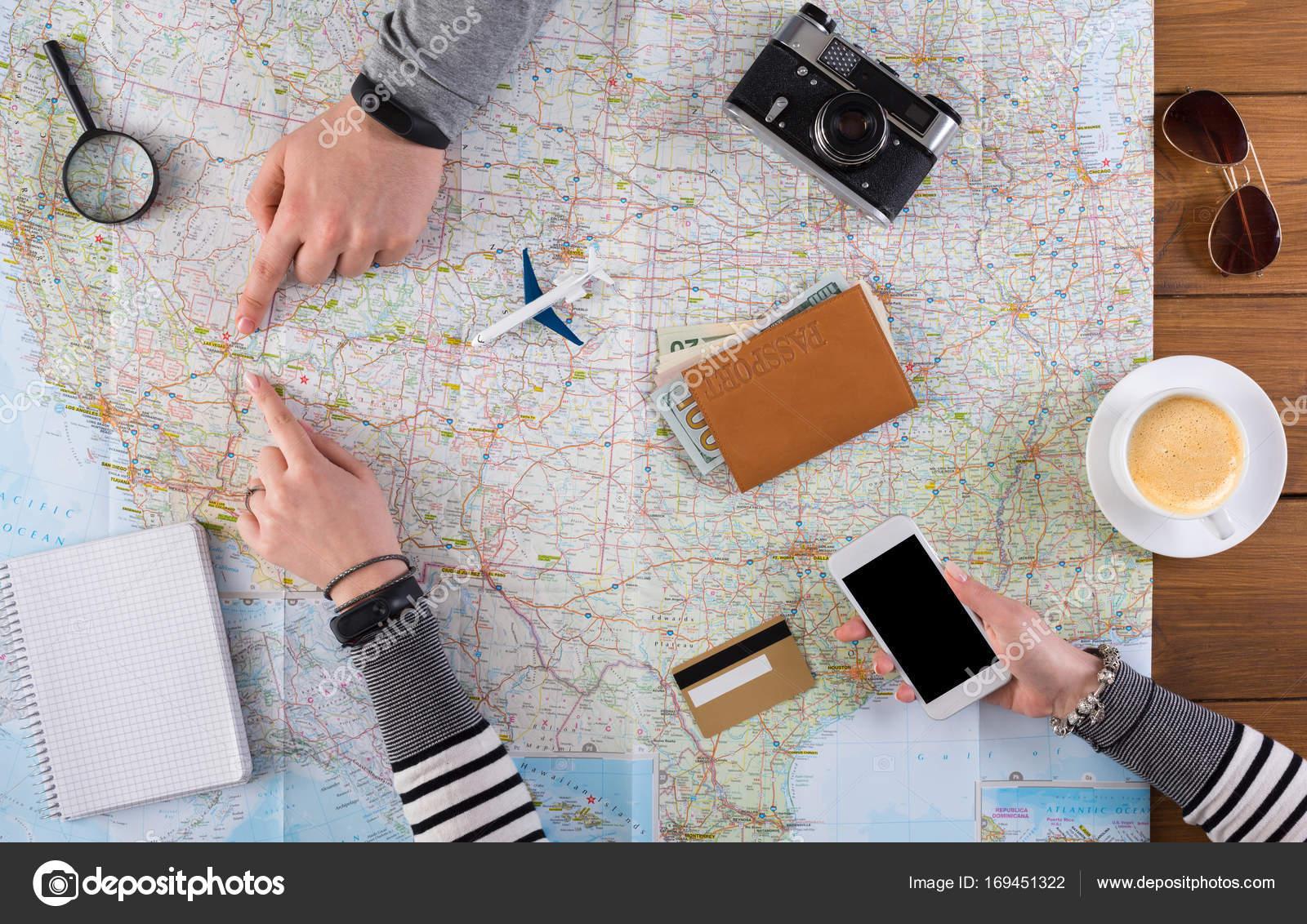 Paar Planung Reise Nach Las Vegas Usa Stockfoto Milkos 169451322