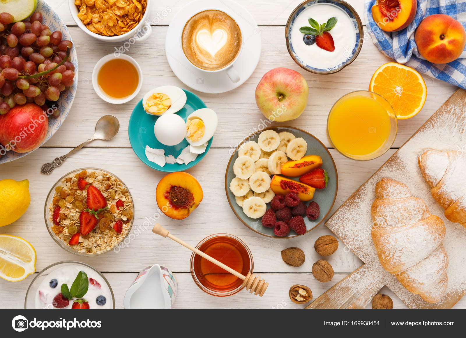 Awesome Kontinentales Frühstück Menü Auf Woden Tisch U2014 Stockfoto