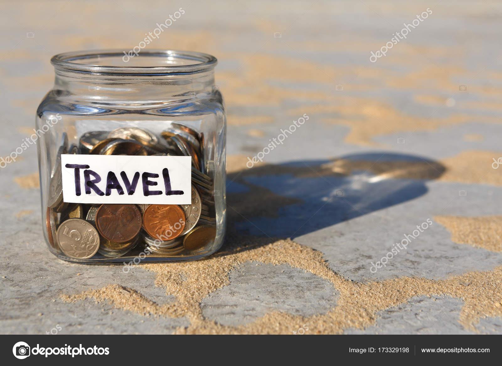 Fußboden Aus Münzen ~ Glas mit münzen für reisen textfreiraum u stockfoto milkos
