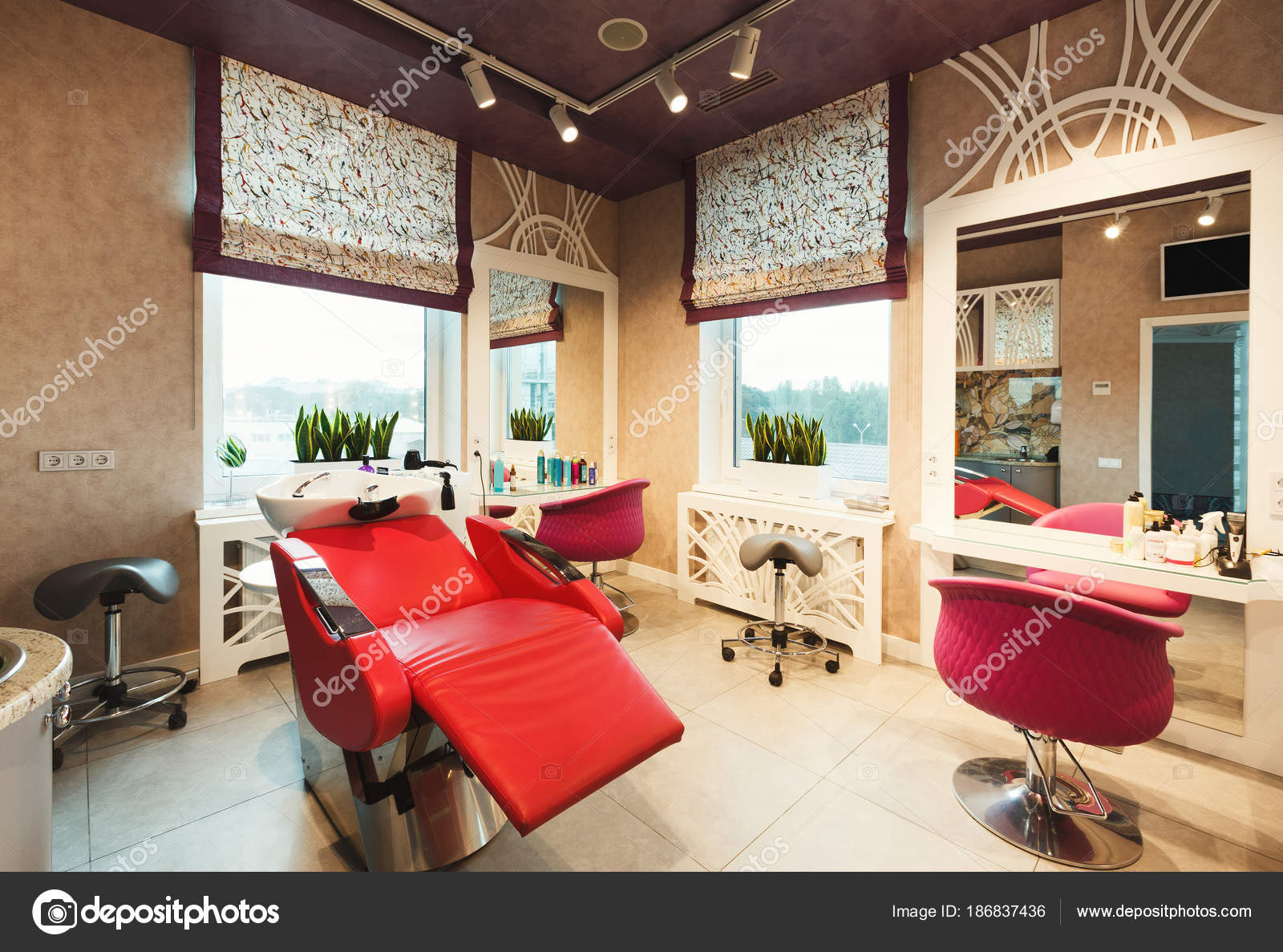 ᐈ Hair Salons Stock Photos Royalty Free Beauty Salon Interior Pictures Download On Depositphotos